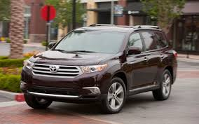 toyota highlander sales review the 2013 toyota highlander is like one of those big