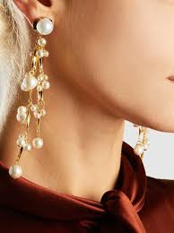 pretty woman earrings erickson beamon pretty woman pearl earrings the modist