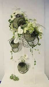 Floral Art Designs Grillig Frame Van Ijzerdraad Maken En Wilde Bloemen Grillig Weven