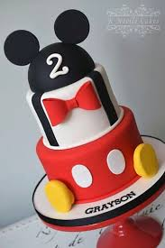 pasteles mickey mouse bebe dos pisos fiesta andy