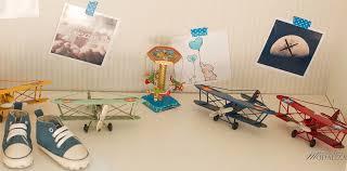 chambre garcon avion une chambre de bébé thème aviation étoiles et nuages dans ma tribu