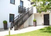 terrassenã berdachung mit balkon alu geländer balkongelã nder simonmetall gmbh co kg in tann rhã
