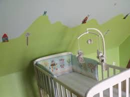 chambre enfant vert chambre bebe jaune moutarde