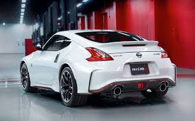 nissan 370z nismo wrapped 2015 nissan 370z nismo photos specs and review rs