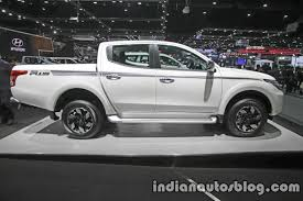 mitsubishi truck 2016 2017 mitsubishi triton right side at 2016 thai motor show indian