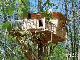 chambre dans les arbres location cabane dans un arbre à coulx iha 14461