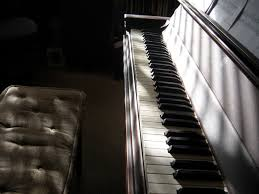 ladydpiano piano chords god is able hillsong