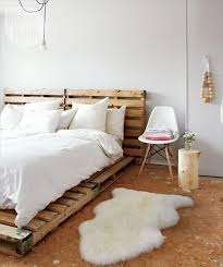 How To Make Wood Platform Bed Frame by 42 Diy Recycled Pallet Bed Frame Designs