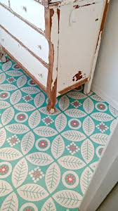 cheap chic rooms that made us vinyl flooring apartment