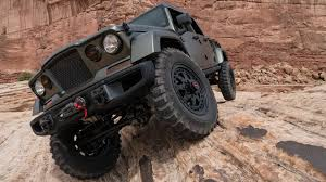 moab jeep concept a romp off road in the jeep crew chief concept the drive
