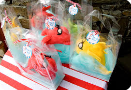 dr seuss party dr seuss party series fish party favor tutorial with a printable
