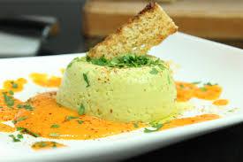 cuisiner asperge verte flans d asperges vertes et coulis tomate poivron jaune saveurs