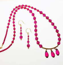 swarovski crystals necklace designs images Fuchsia swarovski crystals and gold necklace and earring set JPG