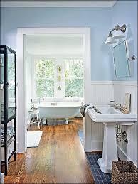 best cottage baths images on roomoom ideas splendid beach designs