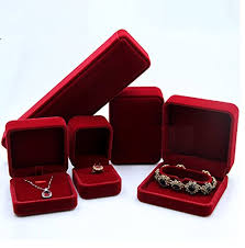jewelry necklace case images Black red elegant velvet display set with boxes for jewelry jpg
