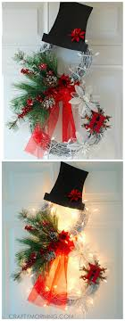 beautiful lighted grapevine snowman wreath to make for a