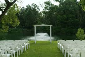 wedding venues peoria il ravina on the lakes available for outdoor wedding ceremonies