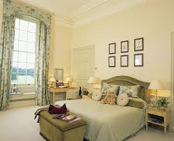 British Decor Yahoo Search Results English Manor Pinterest - English bedroom design