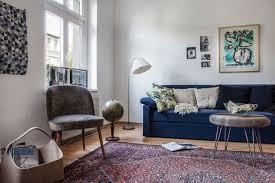 canapé bleu marine awesome deco salon avec canape bleu gallery antoniogarcia info