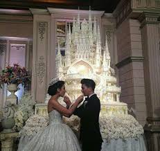 wedding cake indonesia this castle wedding cake can buy you a home