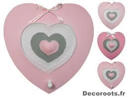 porte manteau chambre fille décoration murale fille porte manteau trois cœurs roses et gris