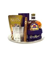 crown royal gift set the king s choice whiskey gift basket by pompei baskets