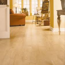 maple laminate flooring touch light dupont reference