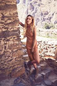 erin wasson poses for free people u0027s august ootd