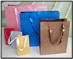 where to buy gift bags to buy paper bags
