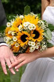 sunflower wedding bouquet bouquet bridal sunflower bridal bouquet ideas with white flowers