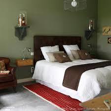 chambre vert kaki une chambre au mur vert kaki mignon chambre parentale parent