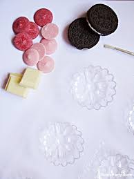 chocolate covered oreo cookie molds and boxes diy chocolate covered oreo flowers freebies party ideas