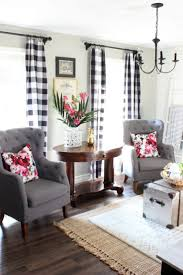 2017 summer home living room with black and white buffalo check