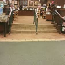 Barnes And Noble El Paso Texas Barnes U0026 Noble Booksellers 16 Photos U0026 33 Reviews Bookstores