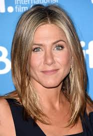 the rachel haircut 2013 jennifer aniston s hair from the rachel to her signature do