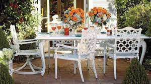 Living Spaces Furniture by 7 Outdoor Living Spaces That Inspire Summer Entertaining