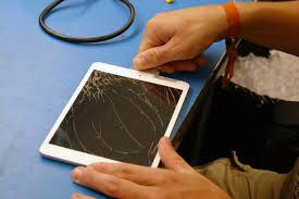 how to repair broken glass advice from an apple tech how to replace the glass on an ipad mini