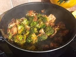 cuisiner brocolis a la poele recettes de poêlée et brocolis