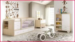 chambre evolutive bébé chambre evolutive 271113 lit bébé mode évolutif avec chiffonnier