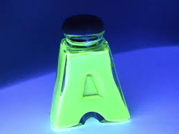 liquids that glow under black light how to make glowing bottles for a blacklight 5 steps