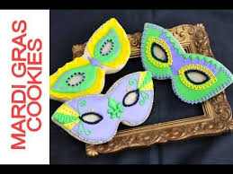 mardi gras cookies how to decorate mardi gras mask cookies with royal icing
