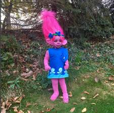 transforms into poppy from trolls for