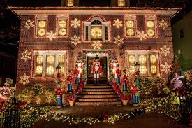 dyker heights brooklyn christmas lights brooklyn hearted dyker heights goes loco at christmas maliblue my