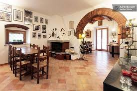 cucina sala pranzo sala da pranzo e cucina foto di b b la villa arezzo tripadvisor