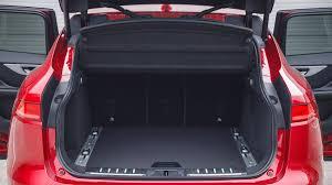 New Jaguar F Pace 25t 2 0 Litre Turbo Petrol Review Pics Jaguar F Pace 2 0d R Sport 2016 Review By Car Magazine