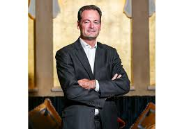 siege social accor accorhotels promotes md coo olivier granet hoteliermiddleeast com