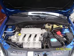 renault clio v6 engine bay arctic blue 182 detail