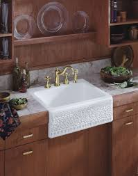 Apron Style Kitchen Sinks Victoriaentrelassombrascom - Apron kitchen sinks