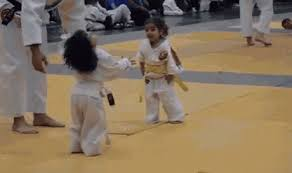 imagenes gif karate he karate gif he karate kid discover share gifs