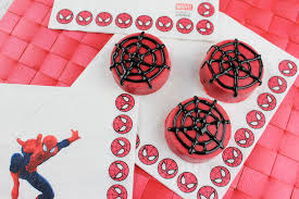 tasty tuesday spider man oreos u2013 guy and the blog